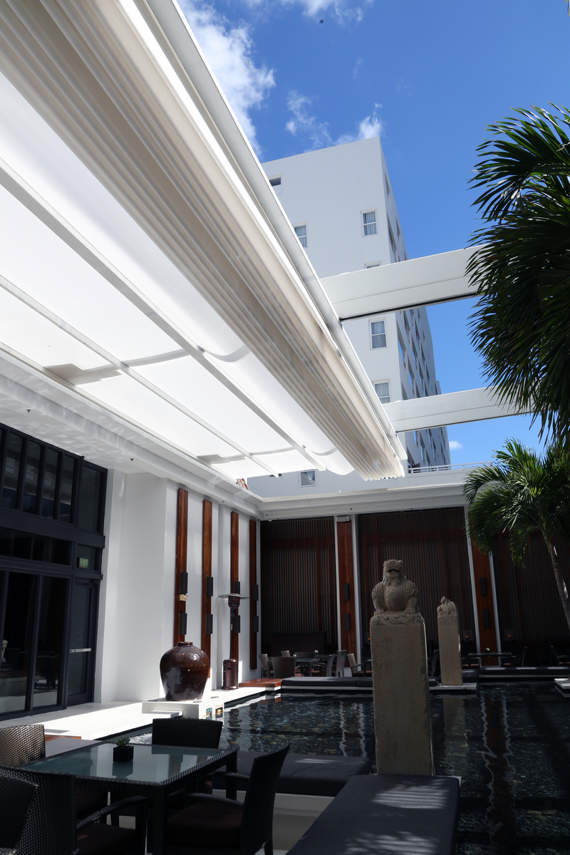 The Setai Hotel Courtyard En Fold 174 Retractable Awning By