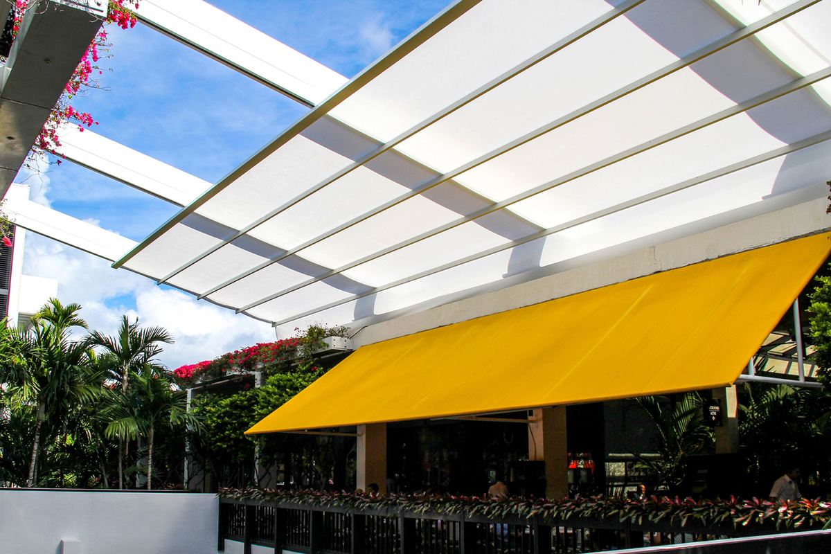 Bal Harbour Shops En Fold 174 Retractable Awning By Uni Systems