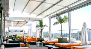 Retractable awning at Andaz Hotel, Gaslamp District