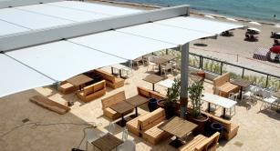 Retractable awning at Beach Club Hallandale